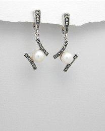 Zilveren oorbellen met Parels en Marcasiet