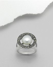 Zilveren ring met Parel en Marcasiet