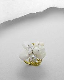 Ring met maansteen en parelmoer