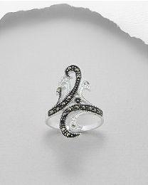 Zilveren ring met Marcasiet